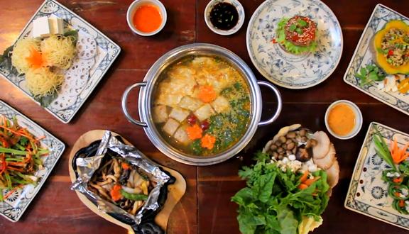 Here & Now - Vegetarian Restaurant & Coffee - Nguyễn Trọng Tuyển