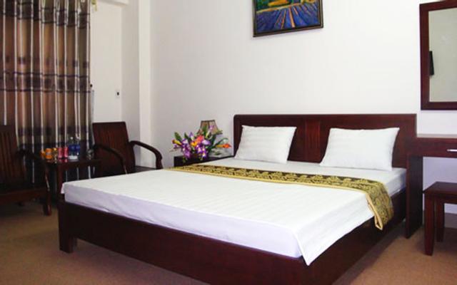 Hương Sen Hotel