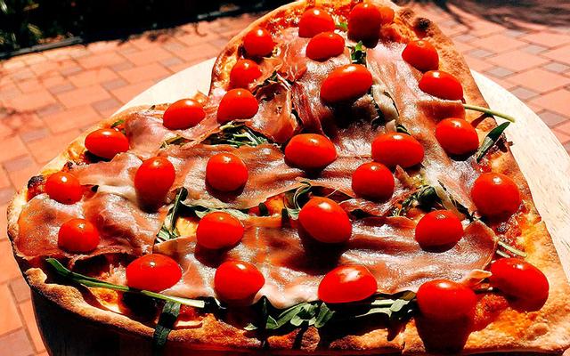 Pizza Chorio & Sushi Mimi