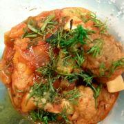 Chả dừa nấm sốt chua ngọt. Nấm bao cùi dừa bên trong. Vừa mềm vừa chua ngọt, giống chả cá sốt sườn chua ngọt vậy.