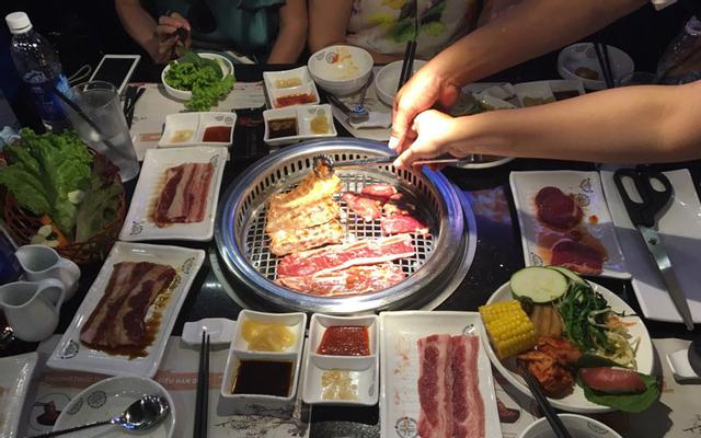 King BBQ Buffet Vincom Lê Văn Việt