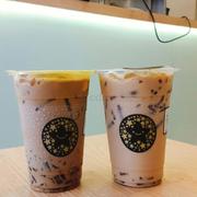 Trà sữa kim cương đen okinawa và tặng 1 hồng trà sữa. Rất ngon ạ. Mỗi lần mua lại thử 1 vị cho trọn bộ nhà toco  😉