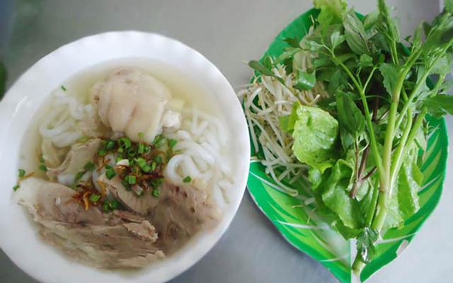 Bánh Canh Giò Heo 136