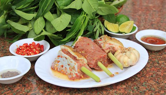 Bò Tơ Năm Sánh Quyết Thắng - Phạm Văn Đồng