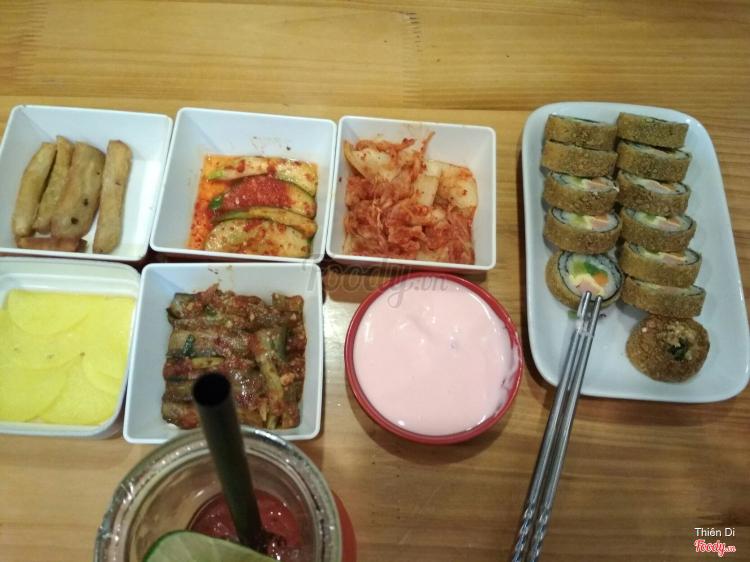 Gimbab & Kim Chi Hàn Quốc ở Hà Nội