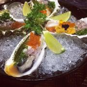 Ngon kinh khủng khiếp. Mỗi lần mún ăn sushi lại nhớ YEN đầu tiên! ❤️🐠🐟🐷🙈