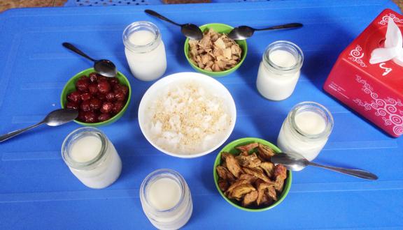 Cô Cương - Sữa Chua & Các Món Vặt