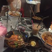 3 mì bò kim chi, 1 mì trộn cay