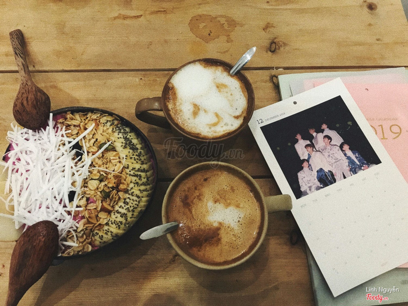 Cappuccino + Latte + Pink Berry