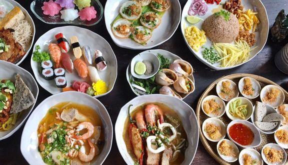 Cocochin Food Court - Saigon House