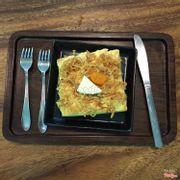 Bánh toast chà bông phô mai trứng muối