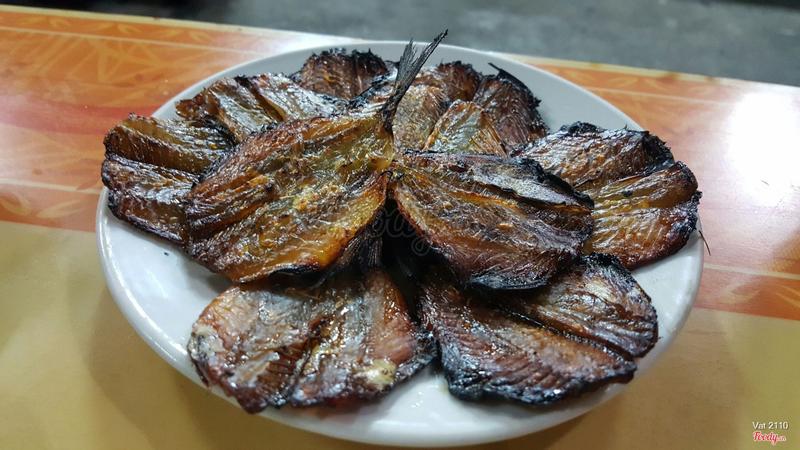 cá chỉ vàng nướng