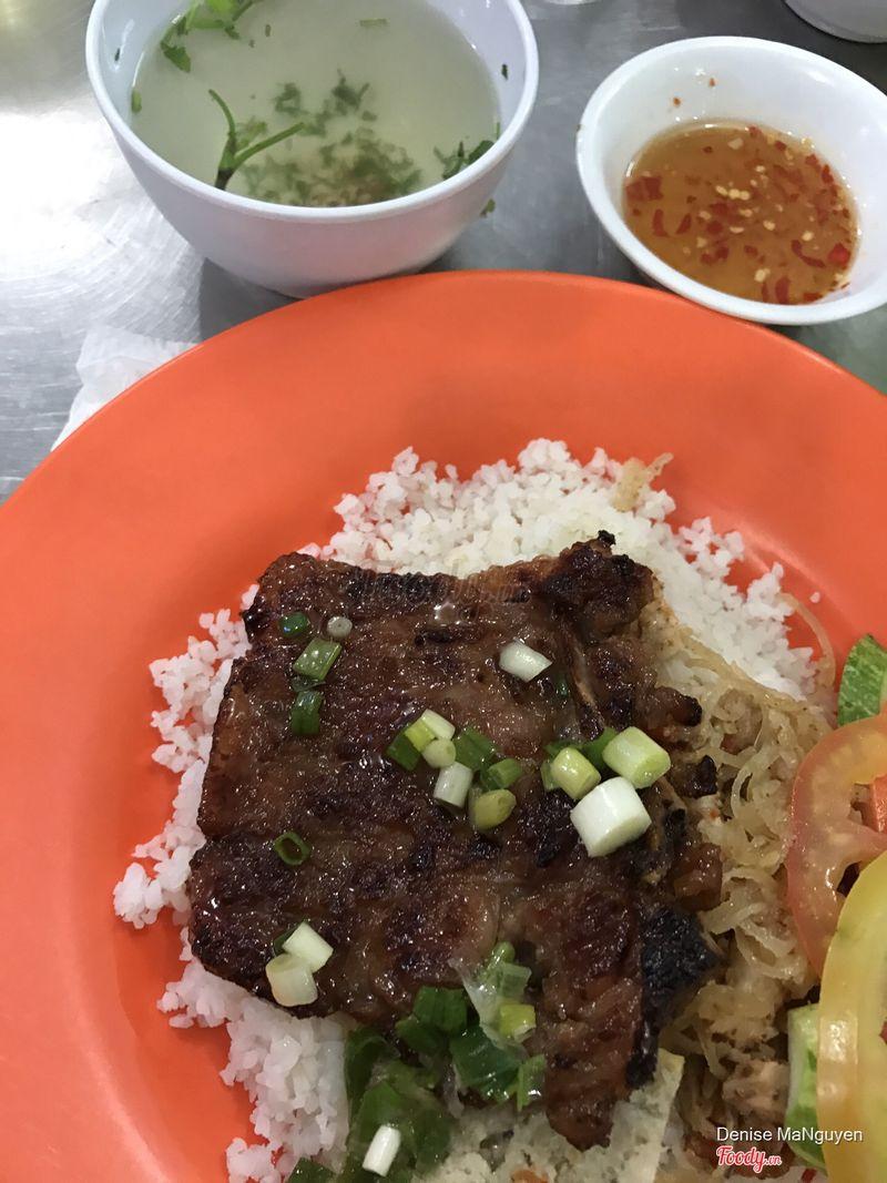 Briken Rice with pork chop