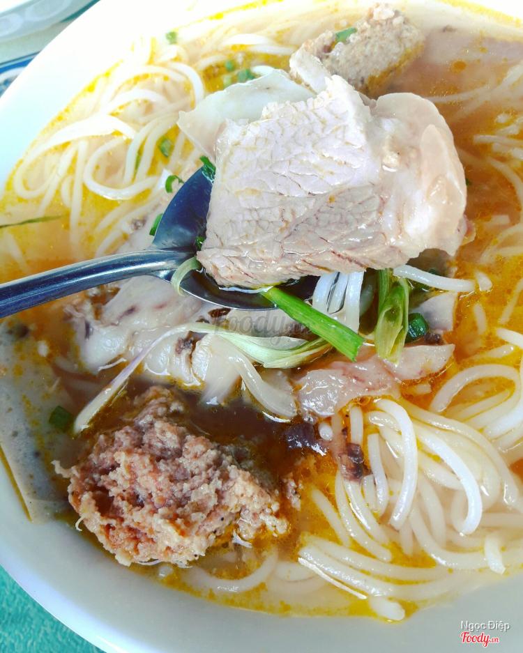 Quán Cô Phương - Bánh Căn & Bún Bò ở Khánh Hoà