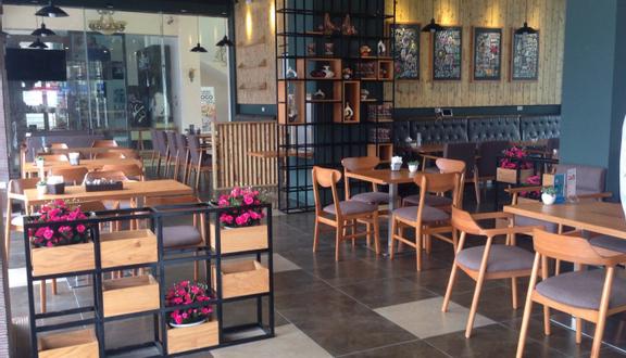 Luogo Cafe - Lê Trọng Tấn