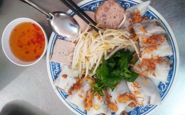Bánh Cuốn & Gà Ác Tần - Đặng Tiến Đông