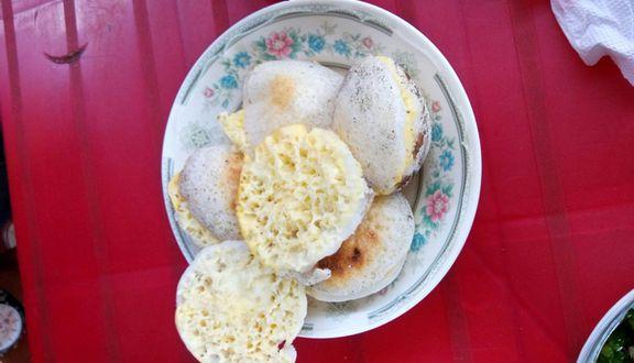 Bánh Căn Cô Tuyến