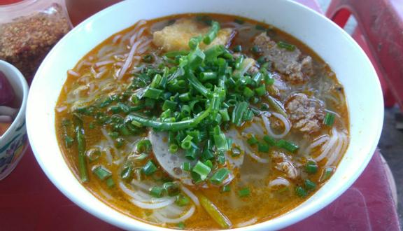 Tâm - Bún Riêu Cua & Thịt Chả