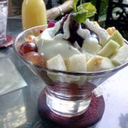 Yogurt trái cây