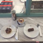 Choc tart+ choc brownie+ Hot choc