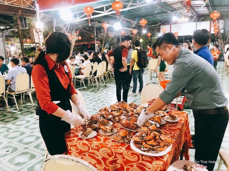 50 con cua gạch của Đoàn Vietravel Hà Nội