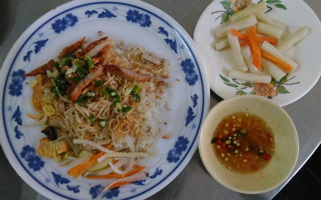 Cơm Tấm Mầm Đá - Phạm Văn Đồng