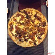 Pizza bò băm sốt cà, nấm