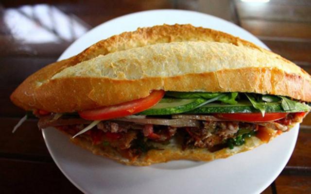 Sum - Lò Bánh Mì Điện