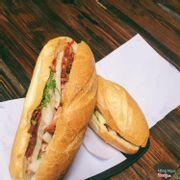bánh mì 25k