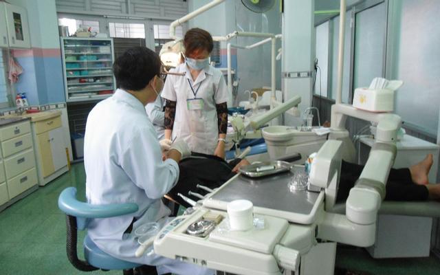 Bác Sĩ Bùi Chín - Phòng Khám Bệnh