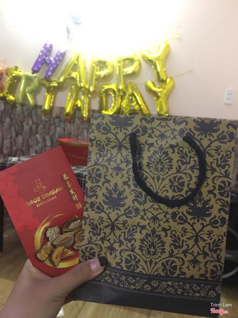 Nhà hàng trang trí cho khách sinh nhật miễn phí luôn