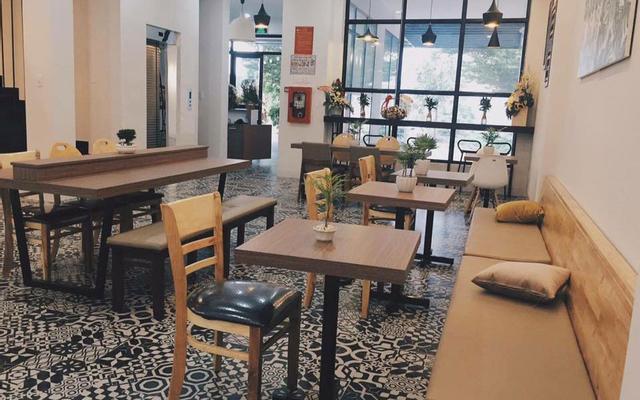 The Highland House & Coffee