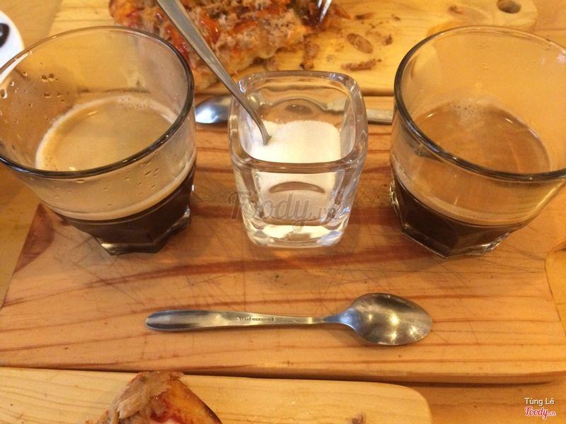Double Espresso x 2 (1 ly là Double Espresso, chứ không phải 2 ly mới là Double)