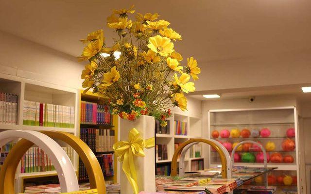 Bach Khoa Bookstore