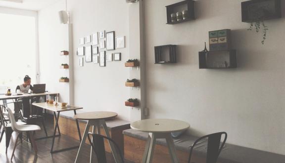Nhà Số 24 - Bakery & Coffee