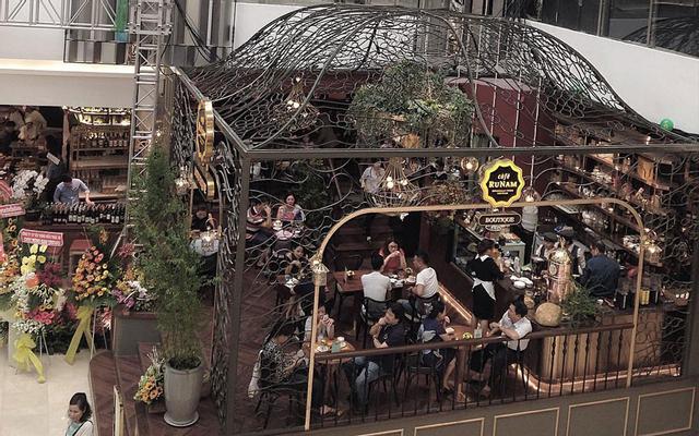 RuNam Cafe - Saigon Centre