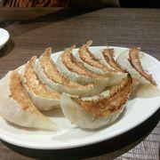 Gyoza bánh xếp chiên Nhật bản