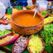 Mui Ne Street Food Festival lễ hội ẩm thực đường phố sôi động với những món ăn ngon độc đáo diễn ra vào 10-11 tháng 11, 2017 trên đường Nguyễn đình Chiểu ở Mũi Né.