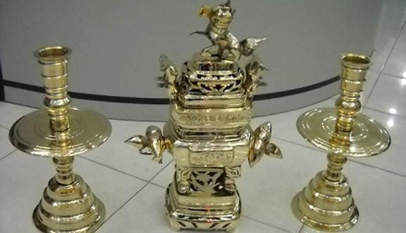 Hồng Quang - Cửa Hàng Lư Đồng
