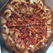 Pizza gà 3 vị viền phô mai- Size L, vừa mở hộp bánh ra nhìn là thấy khô khốc rồi