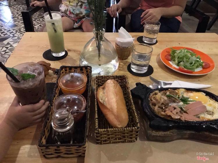 The Art Cafe ở Khánh Hoà