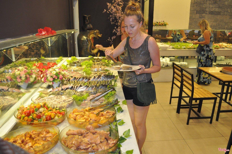 Ăn Buffet Tại Nha Trang