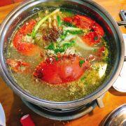 Lẩu riêu cua  Nấu Bầu  Ăn chung với rau mồng tơi nấm các loại....
