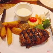 Beef steak sốt phô mai - 180k
