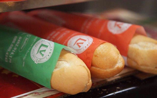 Bánh Mì Que Đà Nẵng - Trung Văn