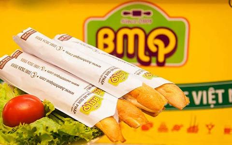 Mê đắm những hàng bánh mì que ở Hà Nội