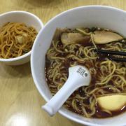 Mỳ nước shoyu và mỳ trộn