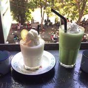 Dừa xay + matcha đá xay