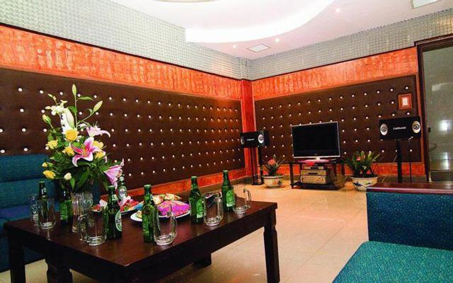 Thảo Nguyệt - Cafe & Karaoke