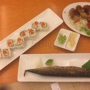 Cơm cuộn trứng cá hồi - Bò cuộn nấm + Cá thu Nhật